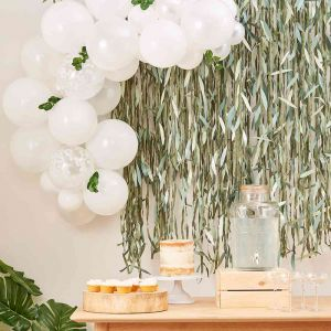 Ballonnenboog wit met Eucalyptus Ginger Ray