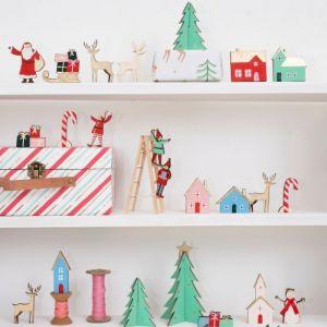 Houten adventskalender kerstdorp in luxe koffertje Meri Meri