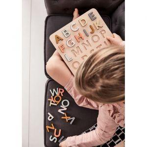 Houten alfabetpuzzel Kids Concept