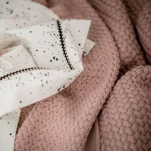Babydeken gebreid Pale Pink Mies & Co