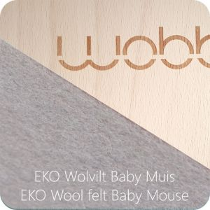 Wobbel Original blank gelakt met vilt Baby Muis