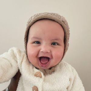 Babymuts Bonnet Teddy taupe (0-6 maanden) Ilmaha