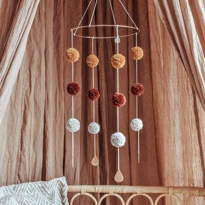 Mobiel Pompom Rain Cotton Design