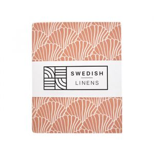 Hoeslaken ledikant Seashells terracotta pink Swedish Linens