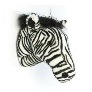 Mag ik je voorstellen aan Daniel! Deze stoere zebra van het merk Wild&Soft is een echte eye-cather voor aan de muur.